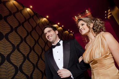 Telon-de-fondo-para-la-alfombra-roja-de-tu-boda-1.jpg - Foto: Blend Images/Andres Rodriguez / Blend Images / Getty Images