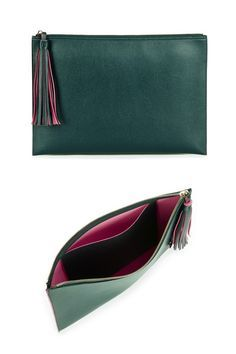Luxurious hunter green clutch with a two-toned tassel