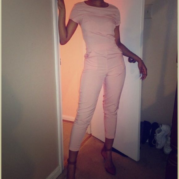 Missguided pale pink jumpsuit, UK size 6 Re-listed. Missguided pale pink jumpsuit. UK size 6, to my knowledge is also a US 2, but could also not be. So just beware. But I am a 2 and this fits me perfectly. I am a Size 26 waist Missguided Pants Jumpsuits & Rompers