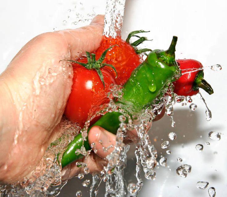 Hoe kan je het meeste landbouwgif van groente en fruit af wassen on http://www.medicalfacts.nl