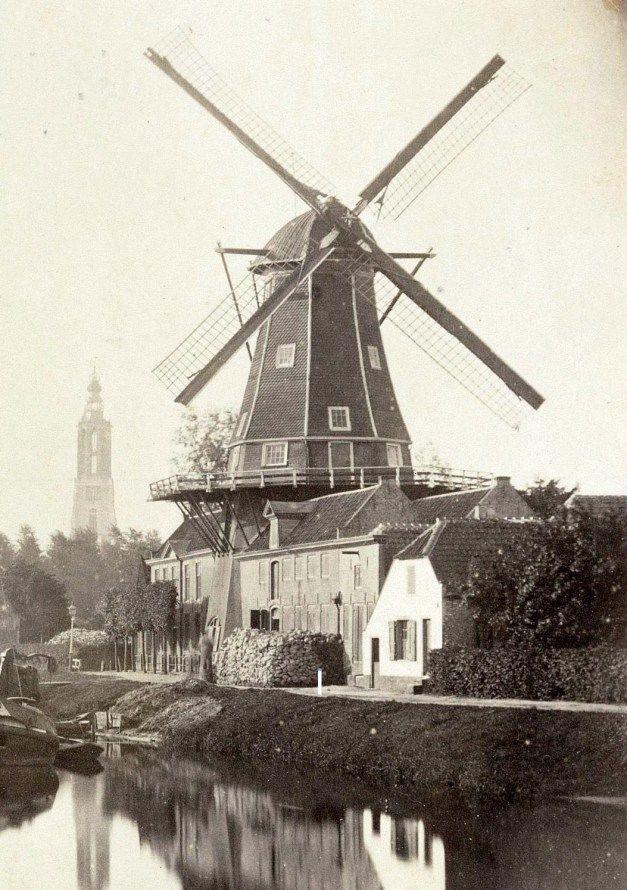 Oliemolen 'De Rijzende Zon' aan de Kleine Koppel, 1864