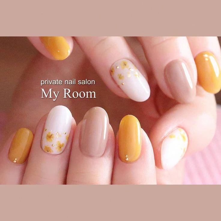 吉田有香☆nail salon MyRoom(マイルーム)さんはInstagramを利用しています:「お持ち込みデザイン♪ イエローの押し花風~ #nails #nailstagram #nail #instalike #instanails #instapic #ネイルサロン東京 #tokyo #美甲 #指甲 #ナチュラル #大人上品 #ジェルネイル #ネイルデザイン…」 #yellownails