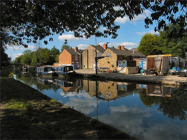 Jericho Canalside - Oxford by Isisbridge, via Flickr