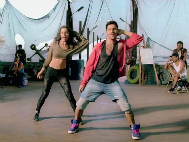 Watch Saathiya's Varun-Shraddha's Dance in New 'ABCD 2' Song http://www.ndtv.com/video/player/news/watch-saathiyas-varun-shraddha-s-dance-in-new-abcd-2-song/367292