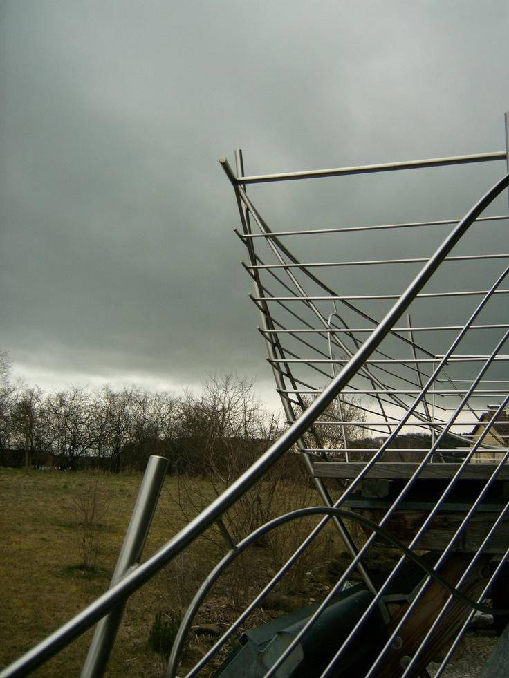 http://stainlesssteelproperties.org stainless steel railings for more go to. http://stainlesssteelproperties.org