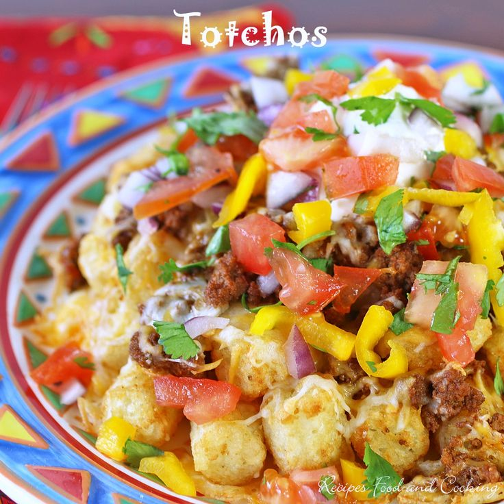 Making this for dinner tonight.  Totchos - this is what happens when you cross potato tots with a nacho! It's a perfect weeknight dinner.