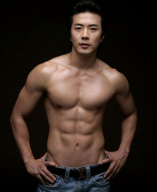 10 Korean Actors Who Shouldn't Wear Shirts… Like Ever (Part 1)