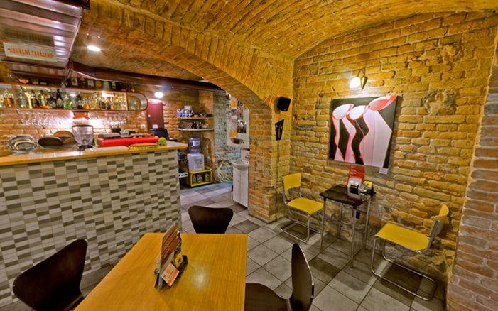 KUPÉ | Orientální restaurace, Kavárna, Bar | O nás