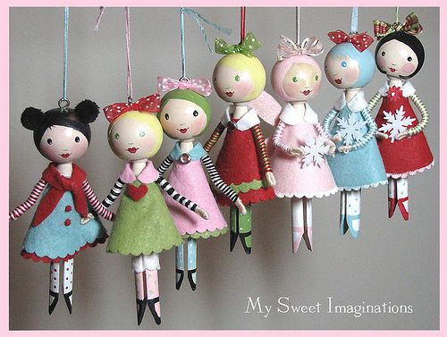 Clothes pin doll ornaments....might be a fun idea for a tree and make these with the grandchildren every year and add them on to the tree.... be sure to sign and date.....