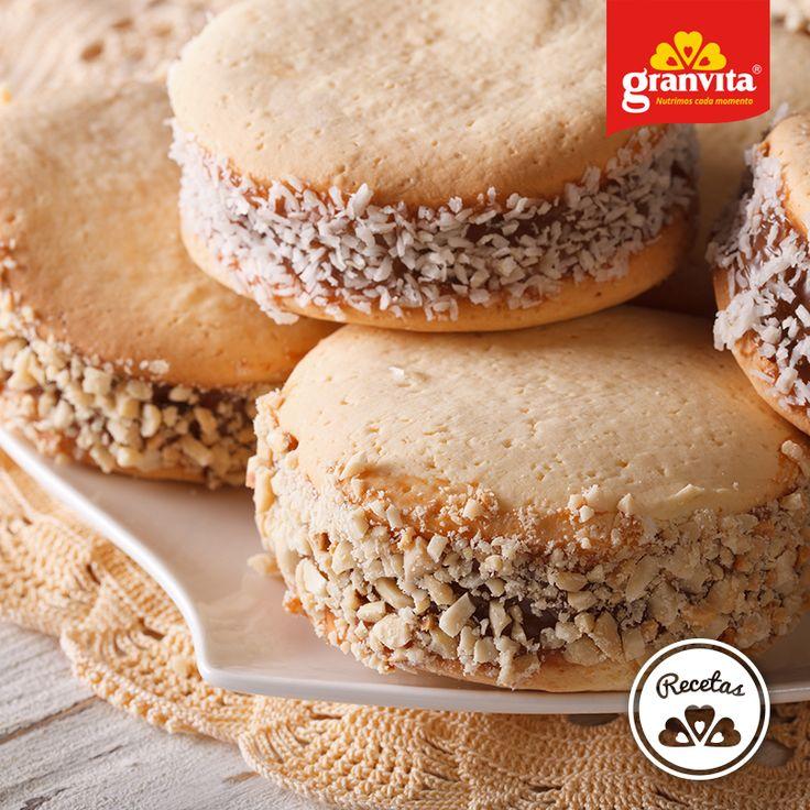 #Receta: Alfajores de coco con Avena Granvita.   Dulces y suavecitos.