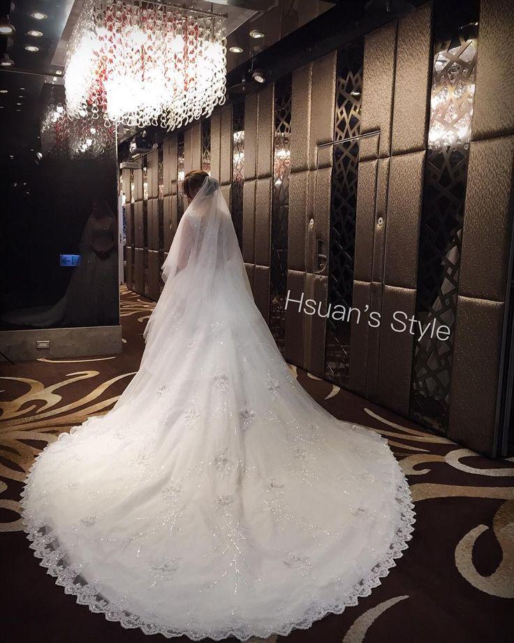 無敵白紗!!������ 攝影&造型:小琁 新娘:卿 、 、 #ブライダル  #花嫁 #結婚式 #ウェティング #日本出張ok #日本語ok #台北 . . . #單眼皮新秘小琁  #新娘秘書  #彩妝教學 #新娘髮型 #新娘造型 . .  #wedding  #bridallook  #bridalstylist  #Taiwan #Taipei http://gelinshop.com/ipost/1515807964974626750/?code=BUJO1AkBTe-