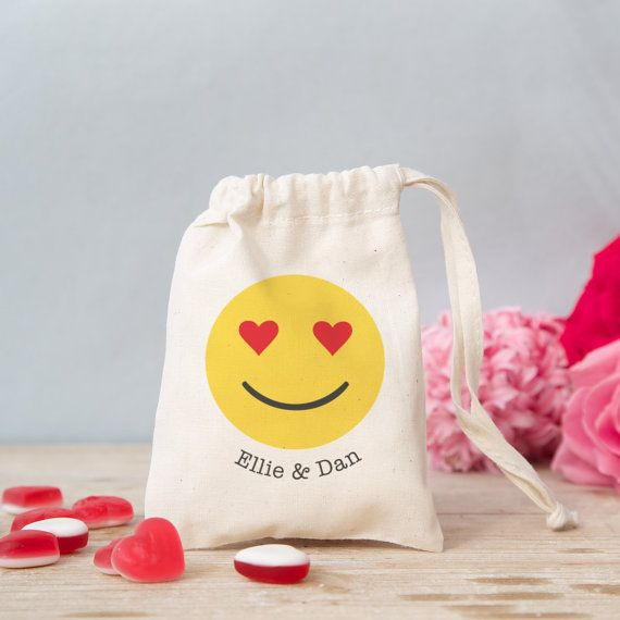 PERSONALISED Emoji heart eyes treat bag. Leave by claireclose