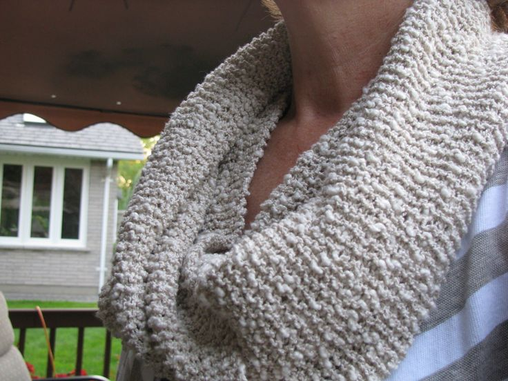 Free Knitting Pattern For Mobius Scarf : Free Knitting Pattern - Cowls and Neck Warmers: Oatmeal Mobius Cowl knitted...