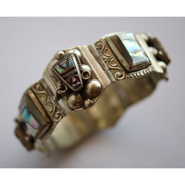 Vintage Mexican Abalone Aztec Mask Face Silver Panel Link Bracelet -... ($500) ❤ liked on Polyvore featuring jewelry, bracelets, aztec jewelry, vintage bangles, abalone jewelry, vintage jewellery and aztec silver jewelry