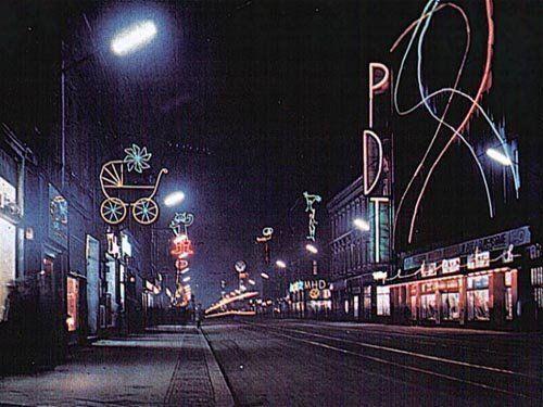 KAPILAR - PRODUCENT SZKŁA: neony, termometry, szkło dekoracyjne i ozdobne, szkło użytkowe, szkło laboratoryjne, rury szklane, naprawa szkła