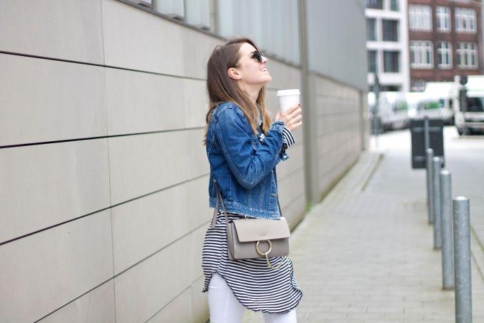 Streetstyle mit Chloé, Denim und Kaffee