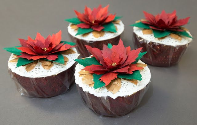 Last minute gift idea: Poinsettia decorated candy bowls. Products used: #658261, #658270, #659441