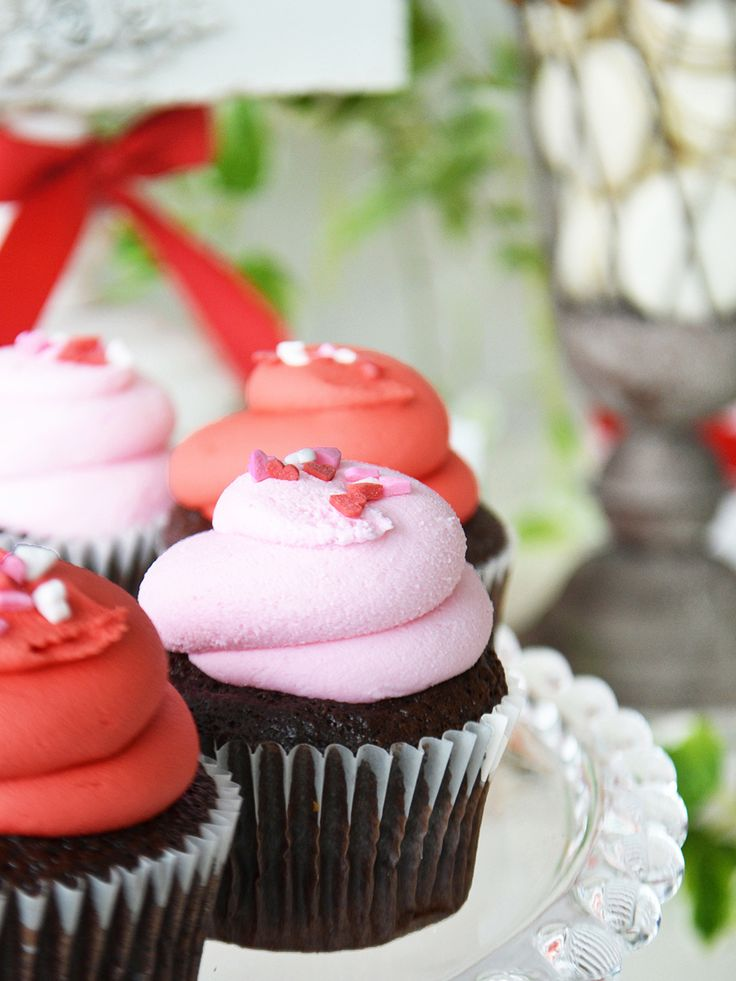 Red & Pink Cupcakes with Heart Sprinkles for a Sweet Valentine's Dessert Table. By Bake Sale Toronto.