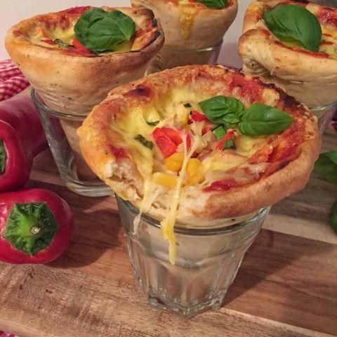 olles *Himmelsglitzerdings*: Pizzatüten, Pizza Cones oder auch Einhornpizza