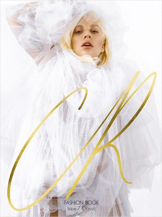 Поп-супер-звезда Леди Гага (Lady Gaga) украсила CR Fashion Book. Автором фотографий стал Брюс Вебер (Bruce Weber).