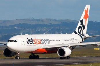 VH-EBC - Jetstar Airways Airbus A330-200 photo (1662 views)