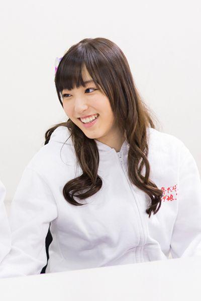 ナタリー - [Power Push] モーニング娘。'14 au「ブックパス」インタビュー (1/2) / 譜久村聖