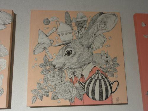 http://www.art-meter.com/works/?ID=AW053907 ヒグチユウコ画「三月ウサギ」