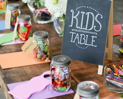 Kinder auf der Hochzeit: Basteltisch