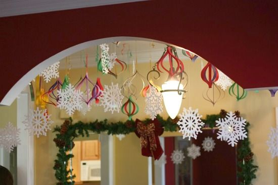 Add some easy last minute touches with just a few snips of paper.