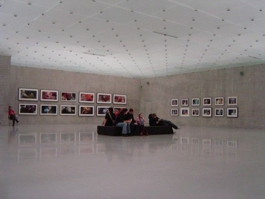 AD Classics: Kunsthaus Bregenz / Peter Zumthor | ArchDaily