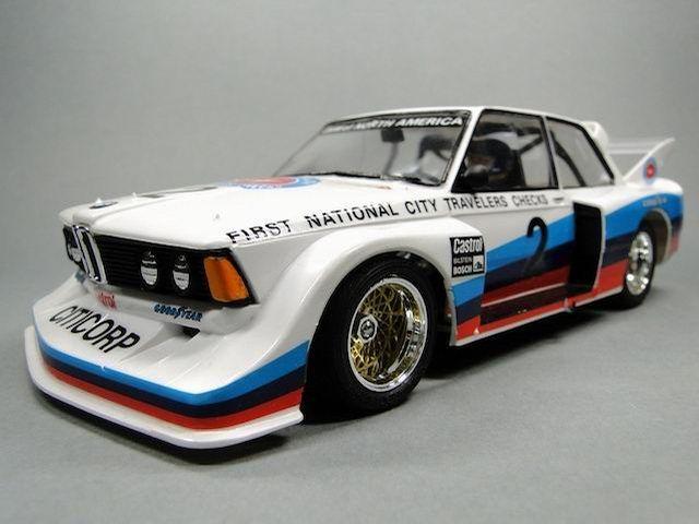 BMW 320i Racing