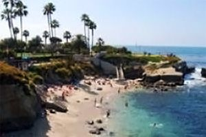 When visiting San Diego you must hang out at La Jolla Cove. La Jolla means The Jewel, and when you go there you will see why!Beach California, Jolla Beach, La Jolla Cove, Favorite Places, Lajolla Cove, Beautiful Memories, San Diego California Must, Beautiful Places, Jolla California