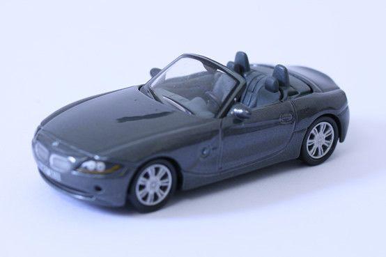 1:64 scale BMW Z4 (Black) – by Schuco