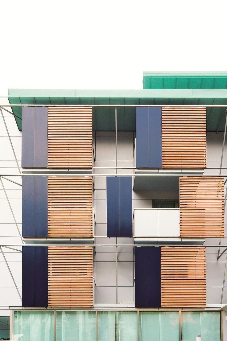 Trespa schermen: Hotel Caravel. Italia Arquitecto: Renato Fornaciari Año: 2004 Producto: Trespa Meteon