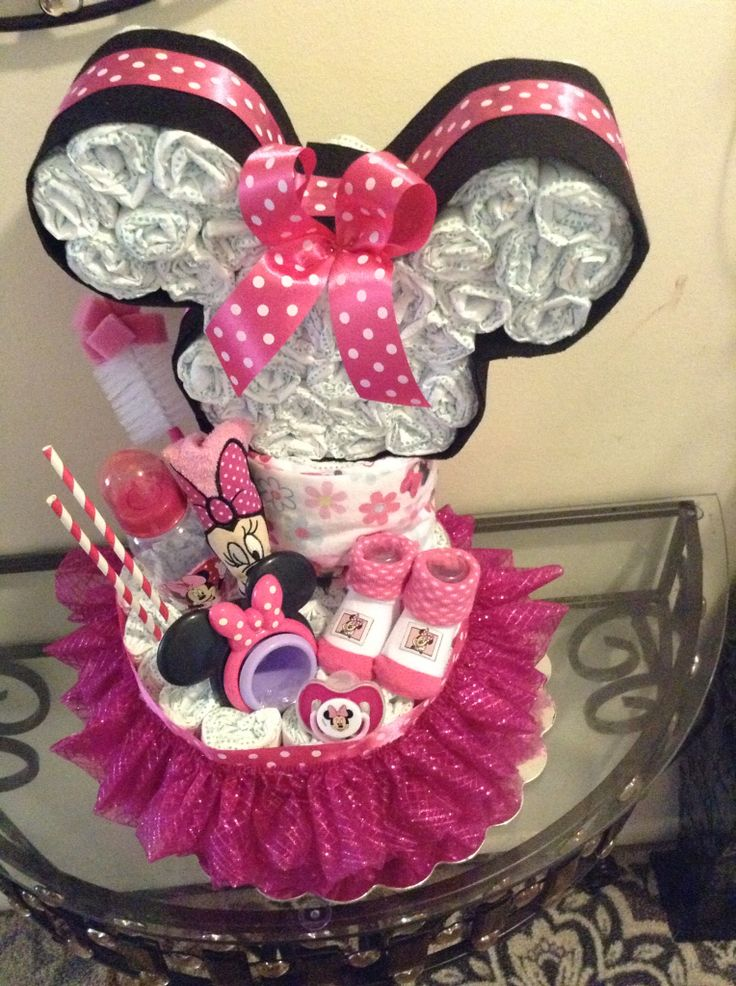 Minie Mouse head and tutu diaper cake