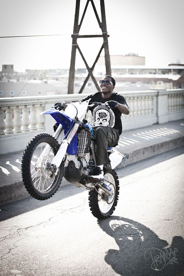 meek mill on a yamaha 450 bike life