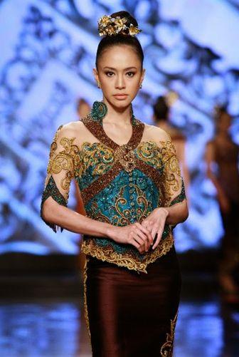 Model Batik Kebaya Terbaru