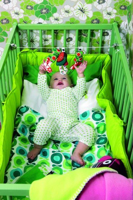 Det her er altså en pige (Märta) og hun har masser af grønt i sit børneværelse. Så må jeg også - helt uden dårlig samvittighed omkring farvevalget :)