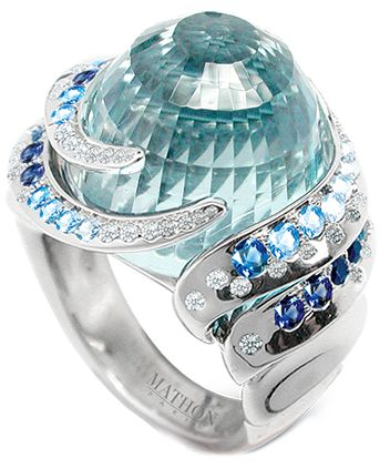 Bague Nausicaa by Mathon Or blanc Diamants saphires Topaze bleue