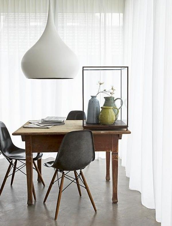 EAMES DSW CHAIRS