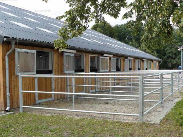 Röwer & Rüb equine barns - runouts