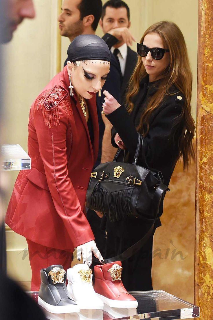 Lady Gaga y Allegra Versace