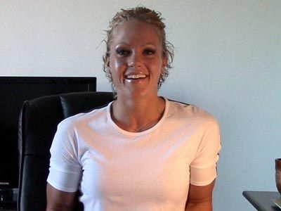 In this week's ASK NICOLE, 3-time Figure Olympia Champion Nicole Wilkins answers your questions about: whether it's okay to train a muscle group more than once per week, the most effective training split, if you should bulk, how long it should take to see results and if you can drink alcohol when living fit. Check it out!
