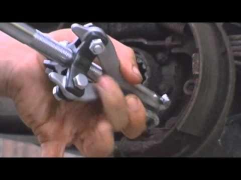 replace rear wheel bearings on a jeep cherokee 95 DIY