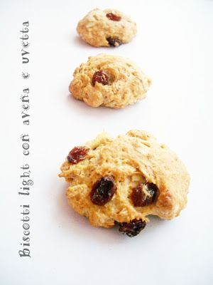 Biscotti light con avena e uvetta