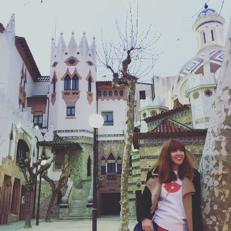 El momento en que Instagram se está convirtiendo en un aburrimiento. Ya sabéis perfil pestaña derecha--> activar notificaciones para no perderos mis fotos! Y además ya estoy en #ello y hay video nuevo en #snapchat :mividaenrojo #tourist #visit #mividaenrojo #fashion #globetrotter #costabrava #catalunyaexperience #igerscatalunya #igersspain #igersgirona #lifestyle #fashionblogger by mividaenrojo