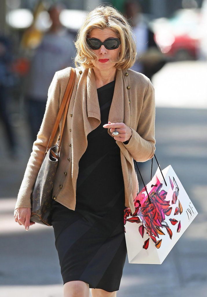 Christine Baranski Photos Photos Christine Baranski Out Shopping At Diane Von Furstenberg