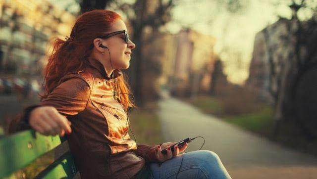 Musik streaming saat ini sedang tumbuh pesat didunia android sebagai cara terbaik untuk mend...