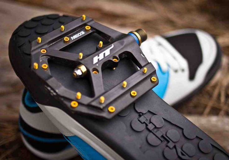 Best Mountain Bike Shoes for Platform Pedals