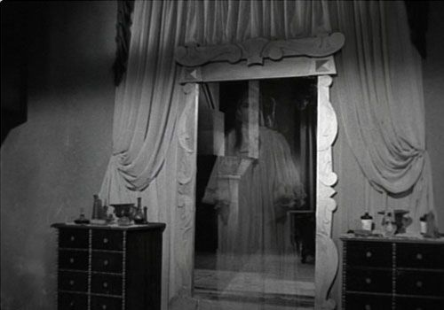 26 Staggering Scary Ghost Pictures